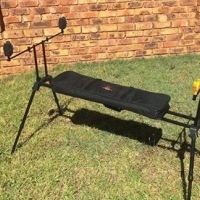 4 Rod pod stand, with padded carry bag ,