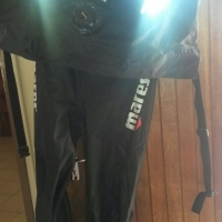 Mares dry suit