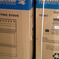 New Kelvinator Freestanding Electric cable Stove and Oven ( Still in Box)