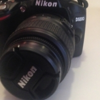 Nikon D3200 body only new