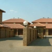 Modern Duplex to Rent