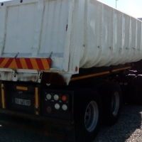 1998 Henred Double Axle 16 cubic Slopper