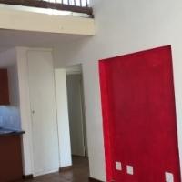 2nd floor Duplex in clubview