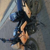 GoMoto 200CC Lifan, running condition with papers for sale for R5000 urgent sale