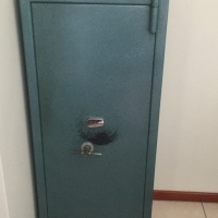 Rifle Safe For Sale - 9 Rifles
