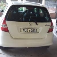 White Honda Jazz 1.4 petrol for sale