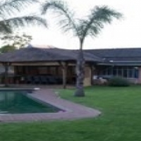 Take hold of your future and buy this lovable family home - Kemptonpark