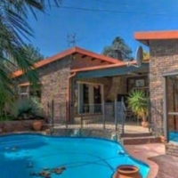4 Bedroom House for Sale in Glen Marais