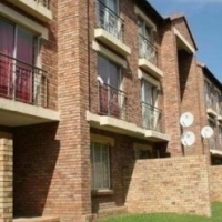Noordwyk - WILLOWCREST Open plan studio unit to let for R4000