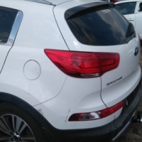 Kia Sportage 2.0 Crdi 4x4 now for stripping of parts [ D4HA engine ]