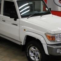 Immaculate!! 2011 Toyota Land Cruiser 76 4.2 Diesel 4x4 Station Wagon