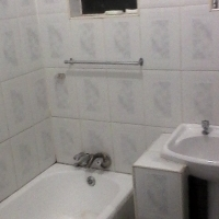 A Room to let in a BeautifuL flat in Chrisville johannesburg south R1900