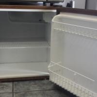 aKic bar fridge 116L