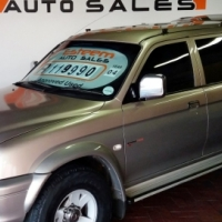 Colt 3.0l V6 4x4 D/Cab ONLY 174000Km Full SERVICE History Only 174000Km ! Trade-ins Welcome
