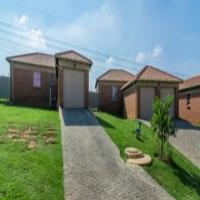 3 bedroom to rent in Amberfield