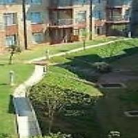 AUCKLAND PARK Laborie Village open plan bachelor available Rental R4000
