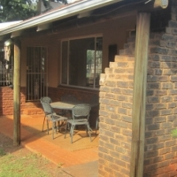 Big spacious family house - Orchards