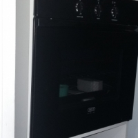 Brand new Defy slimline 600e oven for sale.