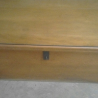 List/Chest Solid wood -immaculate condition 105x60x50