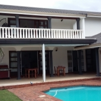 UVONGO LUXURY BED & BREAKFAST