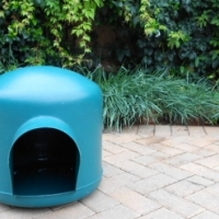 Igloo dog kennel - medium