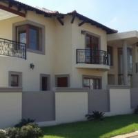 Glen Eagles Estates has five bedroom legenat executive house sale