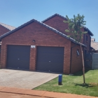 3 bedroom house for rental in Chantelle