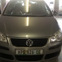 VW Polo Hatchback, 1.4 Engine 2009 Model 5 Doors With Service Book, Factory A/C and C/D Player.