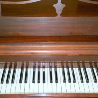 Wurlitzer Piano in good condition