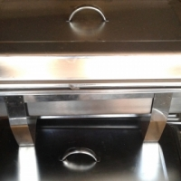 8 squire bain marie's and one round one R200 each. Round one R350. The lot for R1500