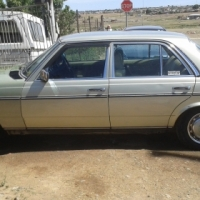 I'm selling my uncle's old Mercedes Benz