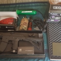 BT TM 15 Paintball gun with lots of extras