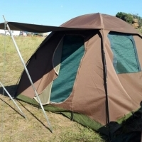 Canvas tent 3mx3m with built in ground sheet and roof/feranda.