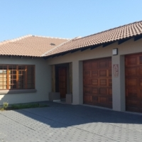 Lovely house for sale in Golf Estate
