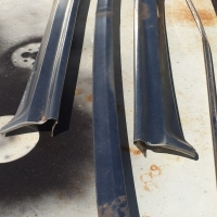 Ford Fairlane/Fairmont/Ranchero windscreen surround trim