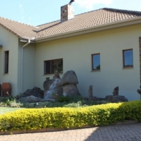 3 Bedroom Exclusive Home For Sale - Matumi Golf Estate Nelspruit