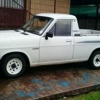 Nissan Champ bakkie 2003 model te koop R35000.00.