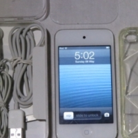 Apple iPod Touch 4th gen 32GB White