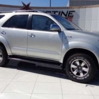 Toyota Fortuner 3.0 D-4D RAISED BODY 4X4