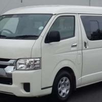 Toyota Quantum 2.7 GL 10 SEATER