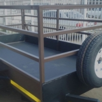 Trailer : R13600, spare and jockey included
