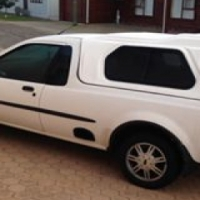 2005 Ford Bantam 1.6i XLE. Electric windows, airbags, aircon etc. 165 000km. Excellent condition!!