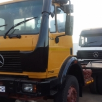 Mercedes Benz 2426 powerliner double diff truck for sale