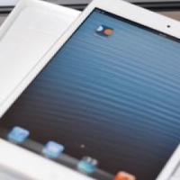 BARGAIN PRICE **STYLISH** iPAD MiNI 16GB BLACK Wi-Fi EDIION to sell / swop for cellphone