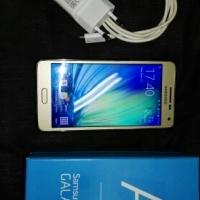 Samsung Galaxy A5 16Gb - Gold