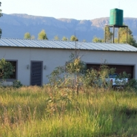 2.5 HA with very strong water and house 17km West of Pretoria