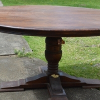 large solid oak dinning table