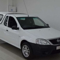 Nissan NP200 1.6I WITH CANNOPY