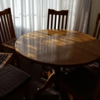 Oregan Pine Dining room table with chairs