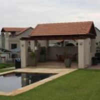 Stunning 2 Bed 2 Bath Townhouse with Loft to Rent in Fourways - Aquilla